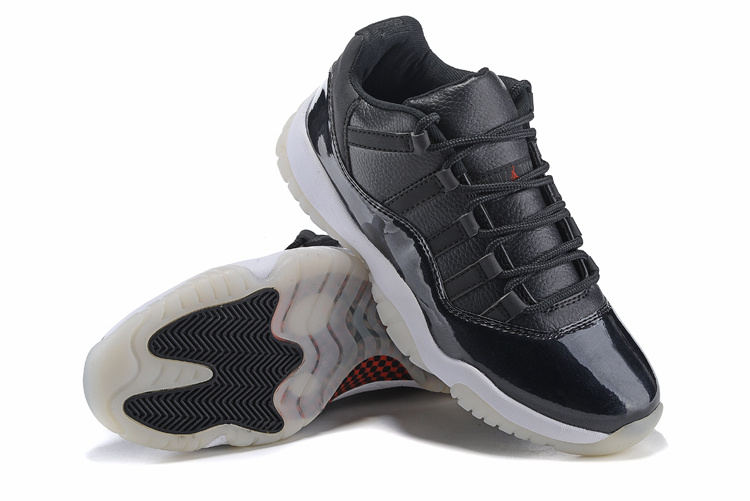 2015 Jordans 11 Retro Black Shoes