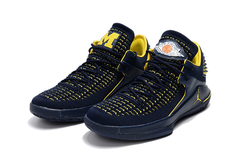 Jordans 32 Low Dark Blue Yellow Shoes
