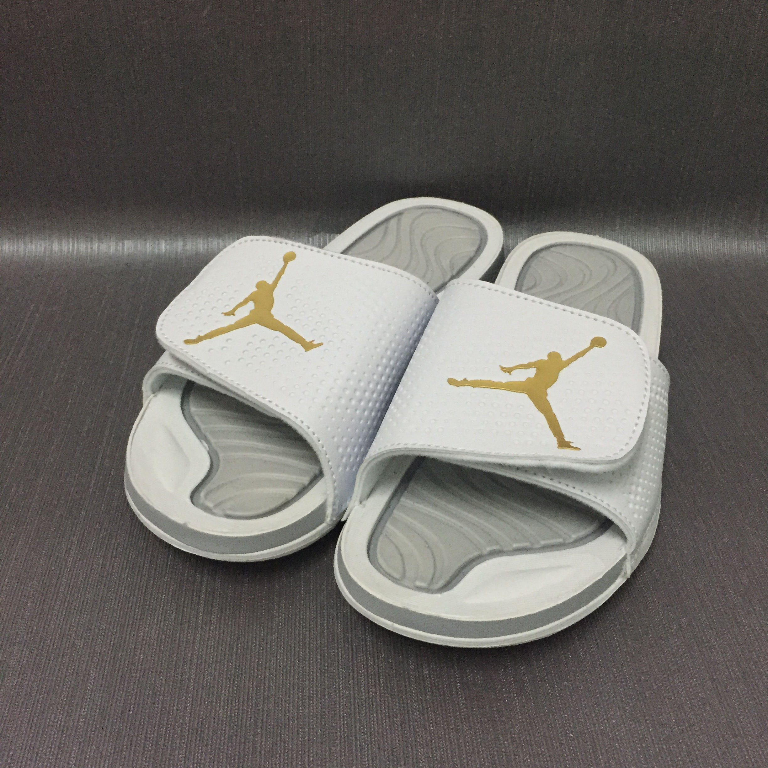 Jordans 4 Massage Hydro Gray White Sandle