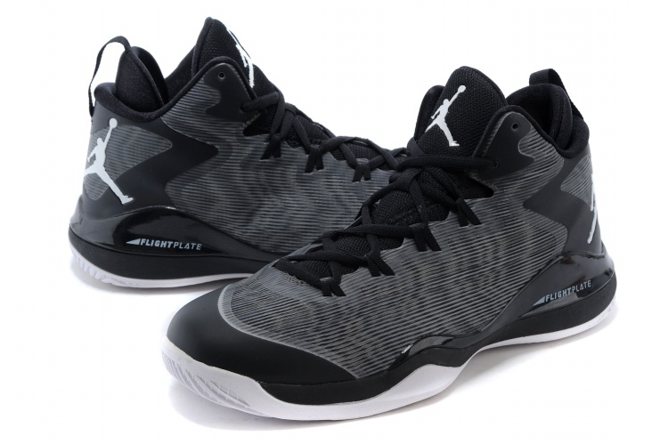 Jordans Griffin 3 Grey Black