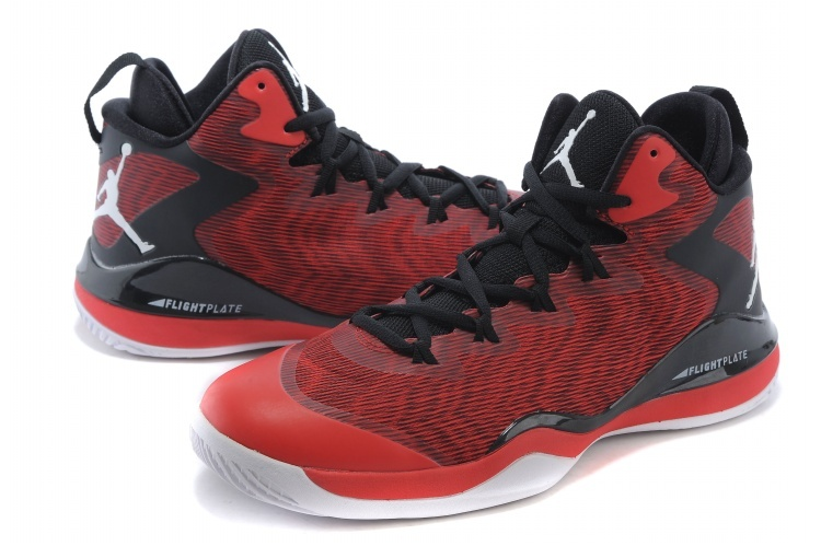 Jordans Griffin 3 Red Black Snealer