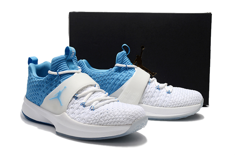 Jordans Trainning 2 North Carolina White Shoes