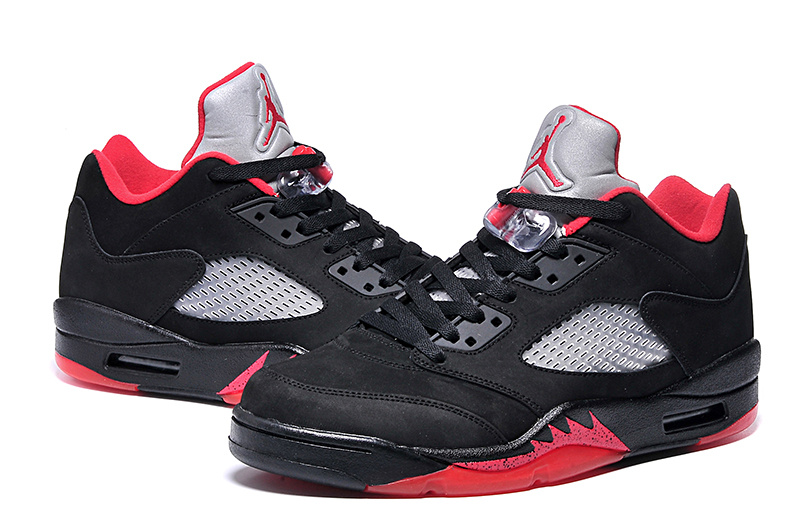 New Jordans 5 Low Black Red Sneaker