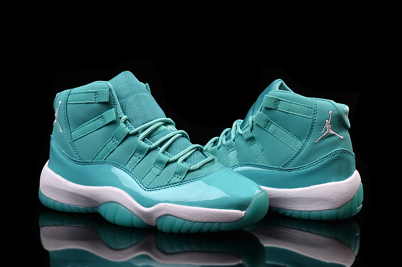 New Lover Jordans 11 Retro Green White Shoes
