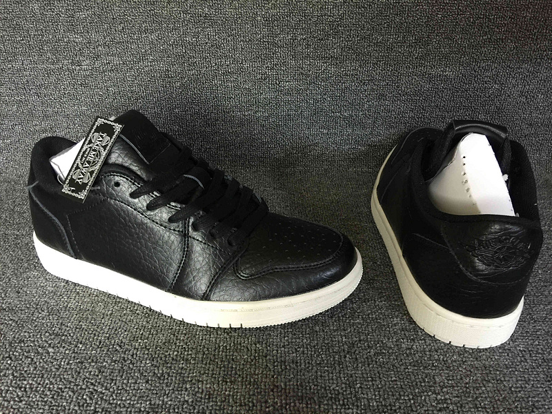 Original Jordans 1 Low No Swoosh Black White Basketball Shoes