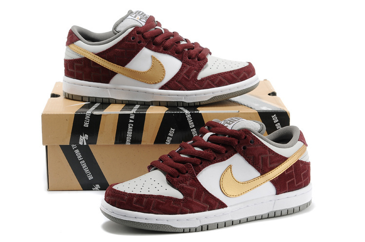 Women Nike SB Dunk Low Wine Red White Gloden Swoosh Shoes