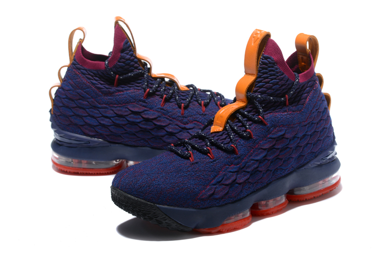 lebron 15 CAVS Purple Shoes